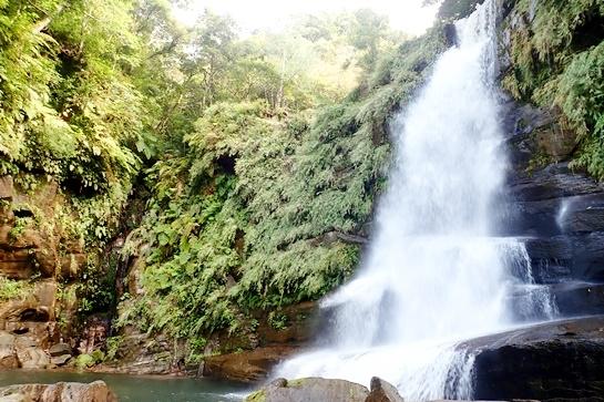秘境ナーラの滝へダイナミック西表島アドベンチャー