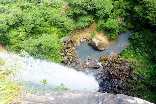 ピナイサーラ滝上トレッキング